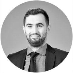 Maciej Smok Adwokat, Partner w Kancelarii Adwokackiej, współzałożyciel Stratos Management